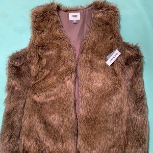 Old Navy Faux Fur Vest NWT